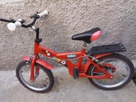 bicicletta rossa bambino