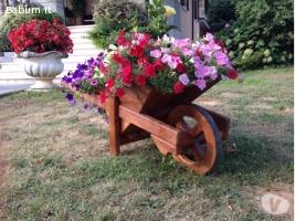 Carriola porta fiori e pinate