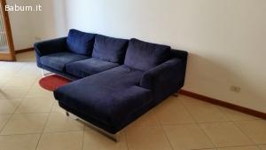 divano con penisola