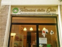 Gelateria/pasticceria a Senigallia