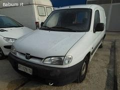 Vendesi autocarri Peugeot