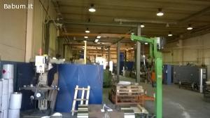 Vendesi capannone industriale