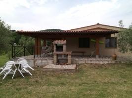 Villettina in campagna con piscina