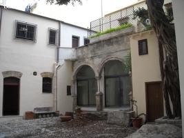 Zona Teatro Massimo Commerciale
